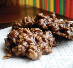 No Bake Chocolate Peanut Butter Oatmeal Cookies. Quick to whip together, gluten free (as long as GF oats are used), and absolutely delicious.