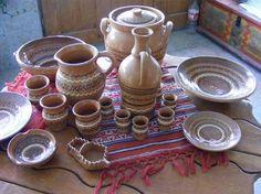 mestesuguri romanesti, romanian crafts Mother Earth, Romania, Folk Art, Tile, Pottery, Sculpture, Traditional, Classic, Crafts