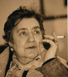 """Alda Merini:   """"La gente quando non capisce, inventa. E questo è molto pericoloso."""""""