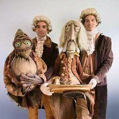 -  --- #Theaterkompass #Theater #Theatre #Puppen #Marionette #Handpuppen #Stockpuppen #Puppenspieler #Puppenspiel Puppet Costume, Marionette Puppet, Hand Puppets, Finger Puppets, Puppetry Theatre, Living Puppets, Sculpture Art, Sculptures, Drama Masks