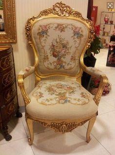 original chair from Versailles - now in the Metropolitan
