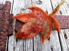 Jacket Dress, Autumn Leaves, Flora, Vintage Fashion, Brooch, Coat, Green, Jackets, Gifts