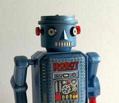 ...tin robot...
