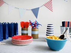 festa simples mas com toque colorido (marinheiro)