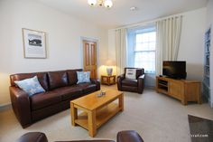 relax on holiday 2crail at Sandcastle Cottage, Crail - click on the photo to go to the website to find out more