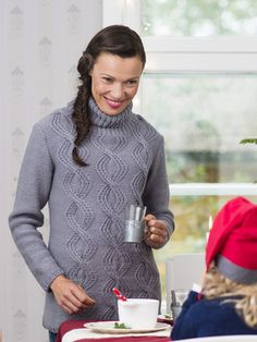 Womans Cable and Lace Pullover Novita 7 Veljestä (7 Brothers) | Novitaknits
