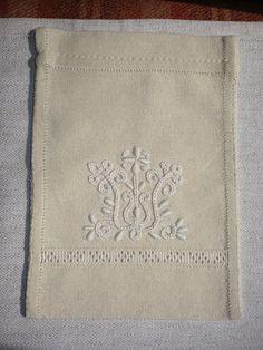 komádi hímzés Folk Art, Embroidery, Drawn Thread, Cut Work, Needlepoint, Stitch, Needlework, Embroidery Stitches