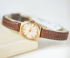 Retro watch for women Zaria  gold plated lady watch 50s  by 4Rooms