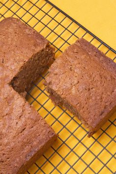 This Carrot Pulp Bread Recipe can be made from the nutritious pulp left over after juicing carrots.