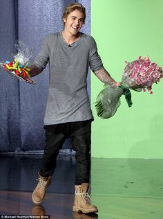 Awwwwwww!!!! Justin! You shouldn't have! For Me? Your soooo sweet! XD