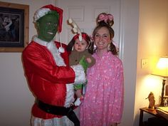 The Grinch family costume- totally love this!!!