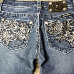 Miss me jeans Embellished cute jeans Miss Me Jeans