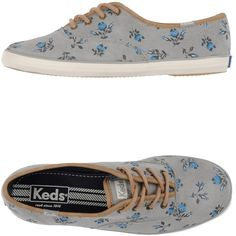 Keds Sneakers ($68) ❤ liked on Polyvore featuring shoes, sneakers, light grey, leather flat shoes, leather sneakers, round toe sneakers, round cap and leather trainers