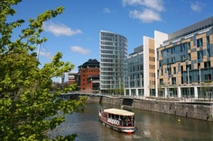 The Eye, Glass Wharf, Temple Quay, Bristol - 1 Beds | Midas Estates - studios from £110,000 and apartments from £147,000. Great waterside location close to Temple Meads rail station, 3 major blue chip employers and 5 minutes walk from Cabot Circus - the heart of Bristol