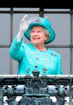 The Queen - Diamond Jubilee - Marie Claire - Marie Claire UK