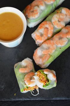 Quinoa Summer Rolls with a Thai Peanut Sauce - Simply Quinoa Vegan Recipes Plant Based, Healthy Dessert Recipes, Cooking Beets, Healthy Cooking, Heart Healthy Breakfast, Amazing Food Photography, Speed Foods, Spring Rolls, Beignets