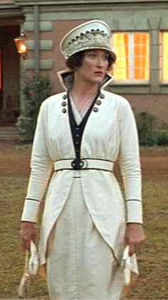 """""""Out of Africa"""", Meryl Streep wearing Milena Canonero's design."""