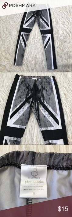 Phat Buddha black white flag British legging 🇬🇧 Phat Buddha black and white British flag leggings that are super soft! Size medium. Good preowned condition. Phat Budhha Pants Leggings