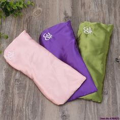 Wellness and Relaxation Spa Therapy Meditation Eye Pillow with Lavender and Organic Flaxseed for Yoga FOM Friends of Meditation Stress Relief Gift for Women and Men
