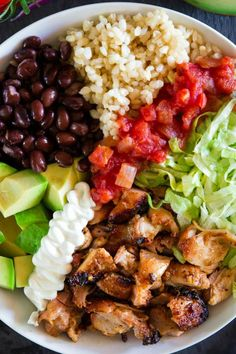 This Homemade Chipotle Chicken Bowl is loaded with juicy grilled chicken and all of your favorite burrito bowl toppings. It's such a perfect summer meal. # Food and Drink salad Chipotle Chicken Bowl Recipe (VIDEO) Entree Recipes, Mexican Food Recipes, Dinner Recipes, Cooking Recipes, Healthy Recipes, Rib Recipes, Cooking Tips, Chipotle Chicken Bowl, Chipotle Burrito Bowl