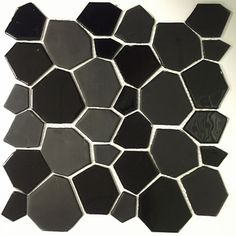 "12"" x 12"" Glass Peel and Stick Mosaic Tile in Black"