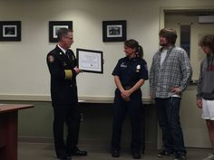 GIG HARBOR, Wash. — A Pierce County firefighter helped save the life of a total stranger by donating her kidney. She says she was inspired after watching her own mother battle kidney disease…
