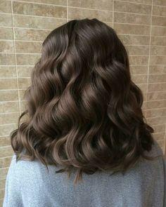 Brown Blonde Hair, Brunette Hair, Wavy Hair, Dyed Hair, Hair Styles Brunette, Black Hair, Long Brunette, Brunette Color, Blonde Color