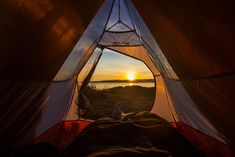 50 Free Places To Camp In Ontario Free and wild: the best of Ontario's most affordable campsites Bushcraft Camping, Kayak Camping, Ultralight Backpacking, Campsite, Backpacking Meals, Camping Hammock, Bushcraft Equipment, Hiking Tips, Hiking Gear