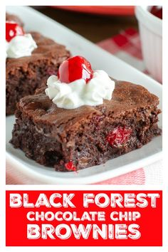 Black Forest Chocolate Chip Brownies are fudgy and filled with chocolate chips and cherries. If you love chocolate, you will love these brownies! Köstliche Desserts, Low Carb Desserts, Chocolate Desserts, Delicious Desserts, Dessert Recipes, Chocolate Chip Brownies, Chocolate Chips, Keto Friendly Desserts, Brownie Bar