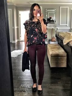 99 Fashionable Office Outfits and Work Attire for Women to Look Chic and Stylish – Lifestyle Scoops Casual Teacher Outfit, Summer Teacher Outfits, Summer Work Outfits, Casual Work Outfits, Work Casual, Casual Looks, Elementary Teacher Outfits, Student Teaching Outfits, Outfit Work