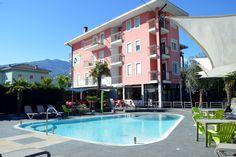 escursioni trekking riva del garda Riva Del Garda, Trekking, Mansions, House Styles, Outdoor Decor, Hotel, Grande, Arch, Tourism