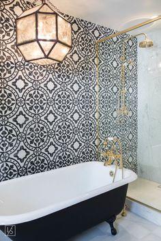 Blue and White Bathroom Tiles . Blue and White Bathroom Tiles . Eclectic White Bathroom with Blue Tile Accent Wall Bathroom Renos, Bathroom Interior, Small Bathroom, Master Bathroom, Tiled Bathrooms, Bathroom Ideas, Bathroom Makeovers, Bathroom Designs, Bathroom Black