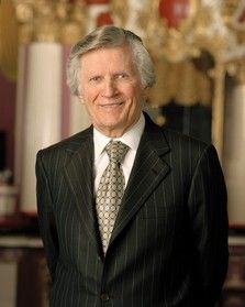 David Wilkerson (1931-2011) was the founder of Teen Challenge and World Challenge and longtime senior pastor of Times Square Church. He authored more than thirty books, including the bestselling The Cross and the Switchblade and Knowing God by Name. He ministered to people worldwide, and on the day of his death, he was still ministering.