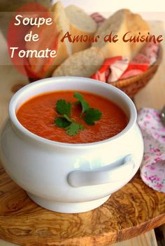 tomato soup, perfect and velvety – Amour de cuisine Crockpot Steak Recipes, Soup Recipes, Healthy Recipes, Brocoli Soup, Rinder Steak, Eden Foods, Smoothies, Soup Appetizers, Cooking Chef
