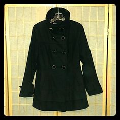 Kenneth Cole black wool coat with gold buttons Loved but great condition Kenneth Cole black wool coat with gold buttons, size 6. Kenneth Cole Jackets & Coats Pea Coats