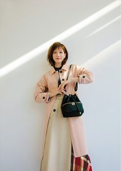 FROM MORE MAGAZINE 人気バッグ「コロン」と、心ときめく春の服 | ブルーレーベル・クレストブリッジ | オフィシャルサイト Tsubasa Honda, Movie Magazine, Popular Bags, Japanese Models, You're Beautiful, Asian Style, Pretty Woman, Spring Outfits, Hair Inspiration