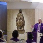 Papa Francisco en Santa Marta: No juzgar a los otros y acusarse a sí mismo es la sabiduría del cristiano
