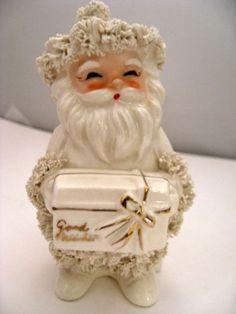 Vintage-NAPCO-Santa-Spaghetti-Ceramic-White-Gold-Figure-BEST-WISHES