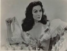 Maria Felix: A Great Traditional Mexican Fashion Example for women <3