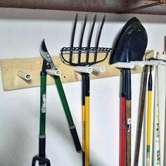 Pvc Pipe With Wood Wall Bracket Yard Tool Storage Ideas Bench