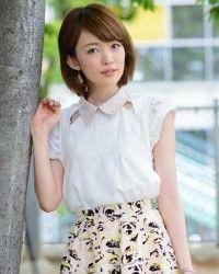 小林美季さん │ FRAY I.D(フライアイディー)スカート