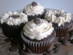 Irish Car Bomb Cupcakes - Guinness chocolate cake FILLED with Jameson ganache topped with Bailey's buttercream- JavaCupcake.com