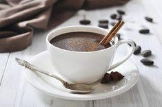 Lose Weight With Chocolate Snacks//Cioccolata Calda (Italian Hot Cocoa) c Thinkstock Chocolate Snacks, Homemade Hot Chocolate, Hot Chocolate Bars, Hot Chocolate Recipes, Chocolate Coffee, Chocolate Lovers, Chocolate Oatmeal, Healthy Chocolate, Chocolate Pudding