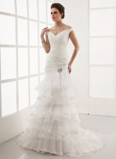 Wedding Dresses - $238.99 - A-Line/Princess Off-the-Shoulder Court Train Organza Wedding Dress With Lace Crystal Brooch (002012925) http://jjshouse.com/A-Line-Princess-Off-The-Shoulder-Court-Train-Organza-Wedding-Dress-With-Lace-Crystal-Brooch-002012925-g12925?ves=y0now5&ver=hd8yk
