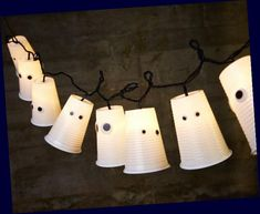 Halloween Decorations To Make, Homemade Halloween, Halloween Party Decor, Halloween Crafts, Helloween Party, Easy Diy Crafts, Creative Crafts, Kids Crafts, Decorating Ideas