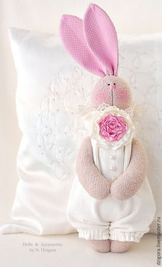 Sweet bunny - plush by Dzygora Natalia Easter Colors, Rabbit Toys, Bunny Plush, Doll Maker, Sewing Toys, Diy Toys, Fabric Dolls, Handmade Toys, Doll Patterns