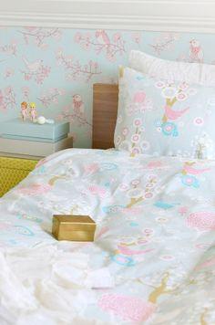 Majvillan - Körsbärsdalen Grå - Påslakanset Enkelsäng i gruppen Barn & Baby / Bäddtextil / Junior / Stor säng hos GrantRum (078-210-03-04)