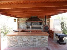 Backyard Kitchen, Outdoor Kitchen Design, Patio Design, Backyard Patio, House Design, Outside Living, Pent House, Outdoor Cooking, Log Homes