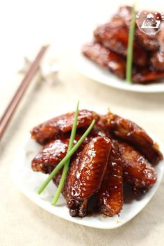 Wuxi (無錫) style of cooking although quite similar to Sweet and Sour style which taste sweet with a hint of saltiness. Chicken Menu, Chicken Wing Recipes, Duck Recipes, Asian Recipes, Easy Recipes, Soy Sauce Chicken Wings, Authentic Chinese Recipes, Nasi Lemak, Asian Kitchen