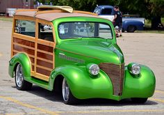 Hot Rod Woody station wagon